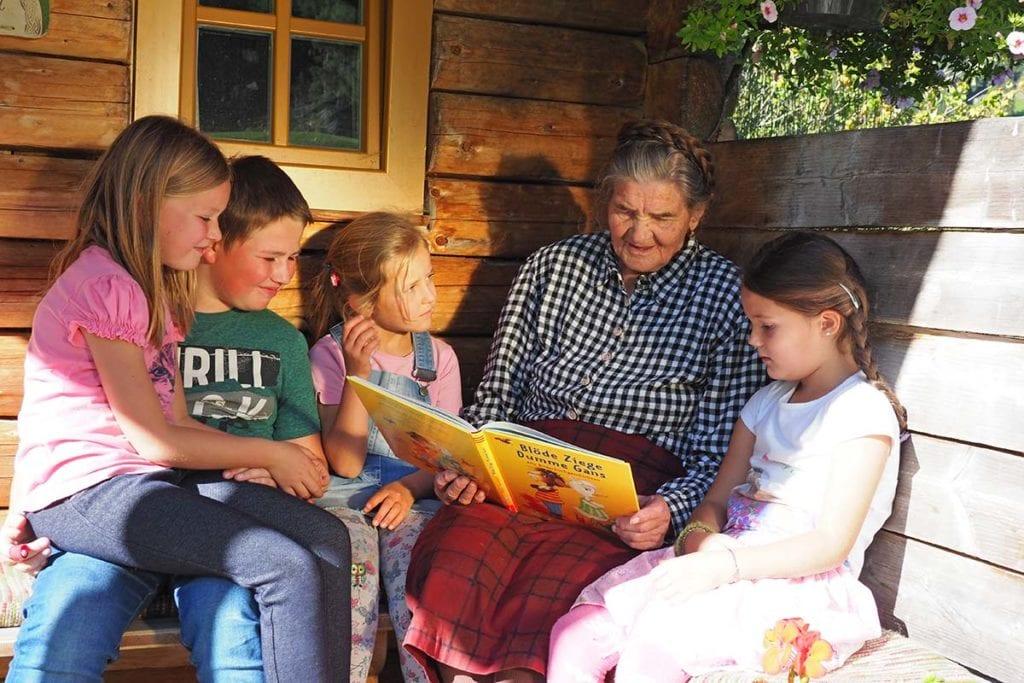 Urlaub Am Bauernhof Grossarl Wandlehenhof Ferienhaus Erlebnisbauernhof Familie 1